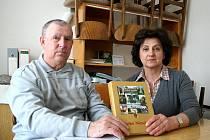 Kronikář František Válka se svojí nástupkyní Helenou Rýlichovou