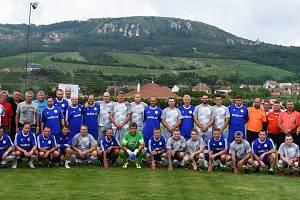 Fotbalisté Bavor slavili 50 let Tělovýchovné jednoty Palavan.