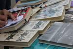 Desítky lidí se vydaly ulicemi Lanžhota pojmenovanými po velikánech literatury. Žáci z tamní základní školy si připravili tematická stanoviště.