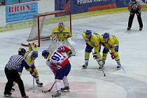 Hokejisté Břeclavi tahali v zápase s Novým JIčínem za kratší konec.