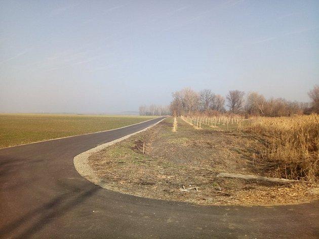 Silnice zNovosedel do Nového Přerova