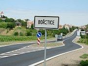 Střihači soutěžili v pátek v Dolních Dunajovicích na mistrovství České republiky v řezu vinné révy.