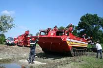 Cvičení břeclavských a trnavských dobrovolných hasičů bylo tentorkát ve Staré Břeclavi.
