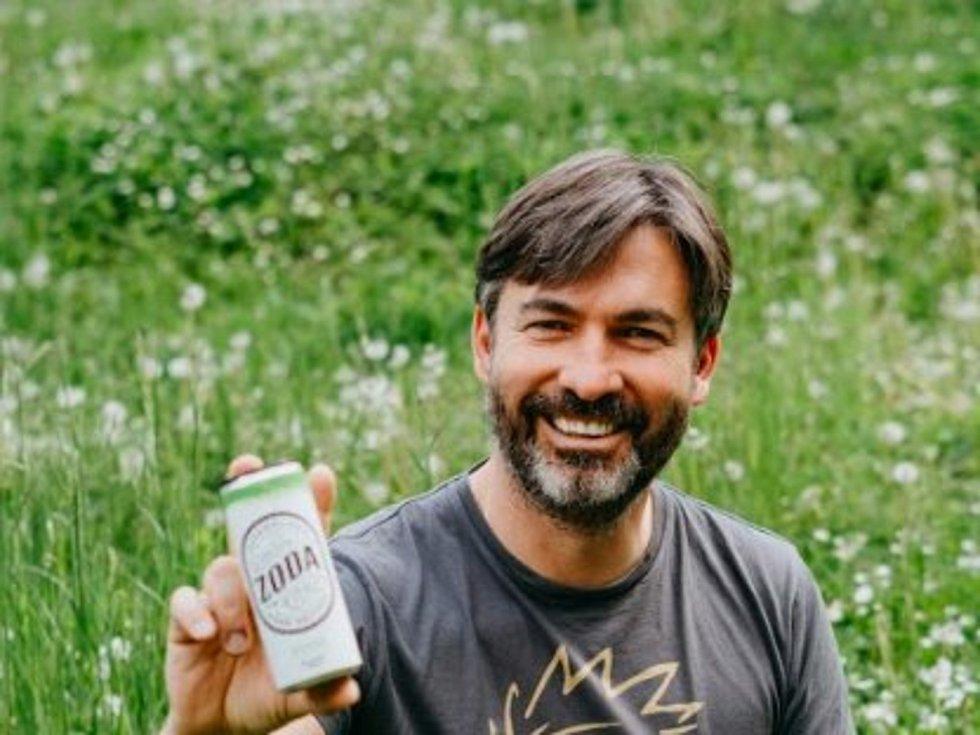 Zahradní vinařství v Mikulově přišlo s nápojem Zoda hard seltzer.