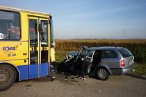 Řidička osobního auta musela být po nehodě převezena vrtulníkem do Brna.