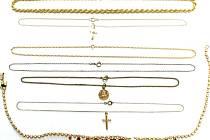 ÚZSVM získal tyto šperky na základě rozhodnutí soudu jako takzvanou odúmrť.