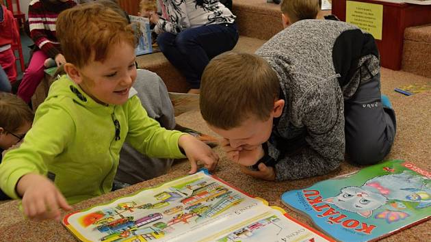 Jarní prázdniny mohou strávit školáci v knihovně