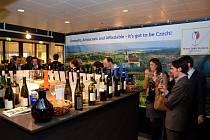 Velký lednový vinařský veletrh Wine Professional v holandském Amsterdamu nabídl také dvaatřicet moravských a českých vín. Hlavní zastoupení mělo Břeclavsko.