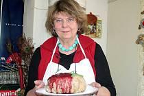 Jitka Plesz má recepty na pudinky i ze 13. století.