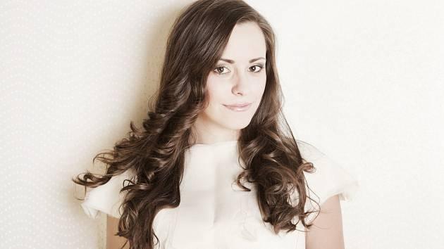 Dvacetiletá Michaela Jirásková z Kobylí se dostala do finále soutěže Miss Academia ve Zlíně.