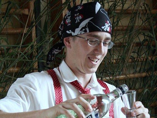 Studenti z Hotelové školy Mikulov se včera na pár hodin stali pirátskou posádkou