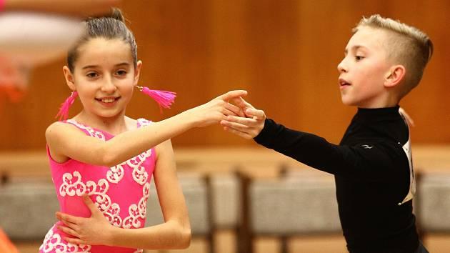 Břeclav hostila taneční soutěž dětských i dospělých párů.