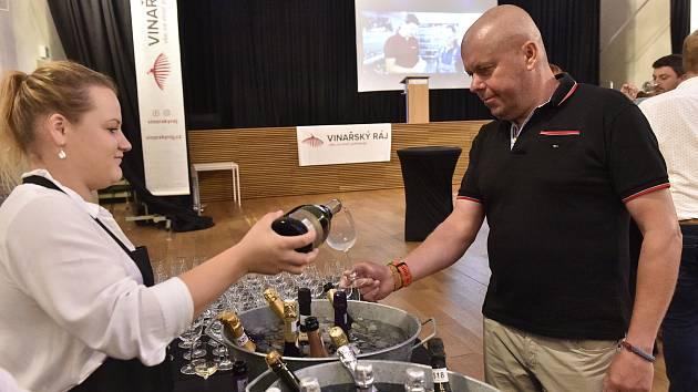 Letošního ročníku soutěže Oenoforum se zúčastnilo 560 vín z České republiky a zahraničí.