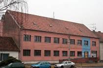 Škola ve Vranovicích.