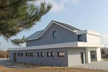 Novou smuteční síň mají od roku 2016 v Lanžhotě na Břeclavsku.