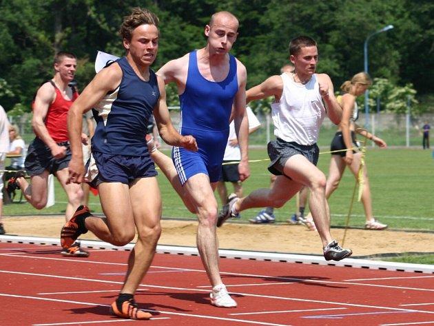 Alexandr Herman se v závodu v Břeclavi podílel  na  okresních rekordech.