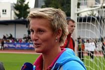 Snažení atletů podpořila již pošesté oštěpařka Barbora Špotáková, patronka Corny středoškolského atletického poháru.
