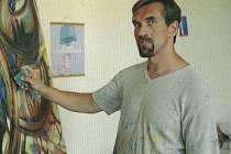 Umělec Roman Šafránek, který krátce žije v Bulharech, vystavoval svá díla po celé republice i v zahraničí.