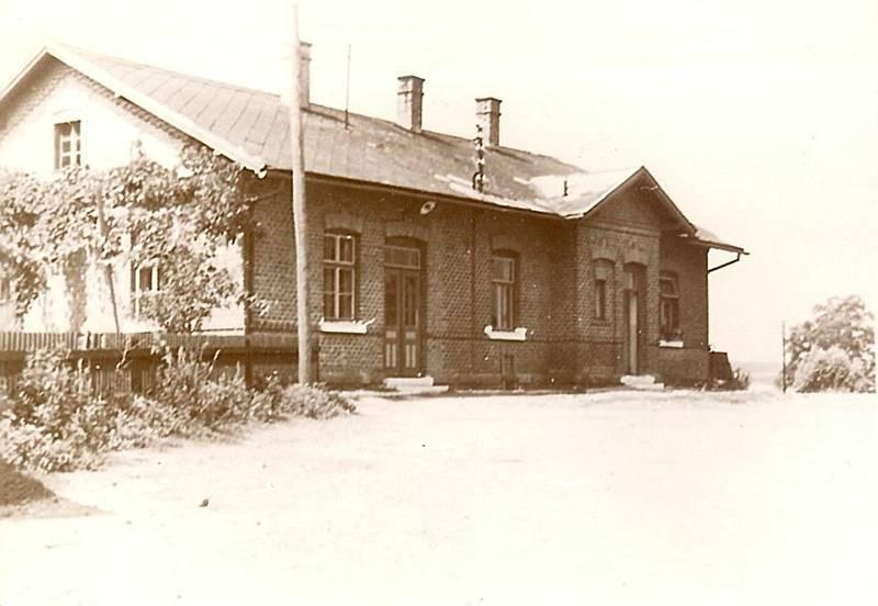 Železniční stanice v roce 1910.