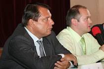 Předseda sociálních demokratů Jiří Paroubek na návštěvě v Hustopečích.
