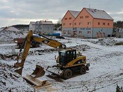 Ve Vranovicích začali se stavbou nového bytového domu.