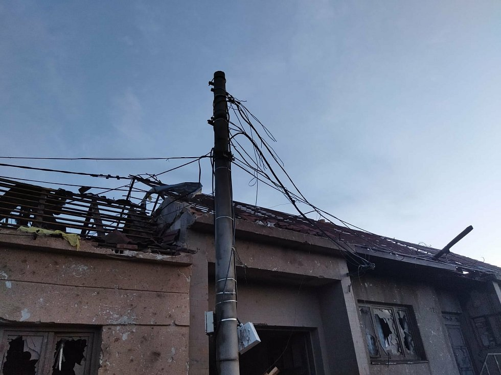 Hasiči z Boskovic vyjížděli na pomoc do obce Hrušky na Břeclavsku. Škody byly obrovské.