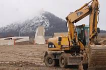 Archeopark v Pavlově otevře své brány na konci května letošního roku. Vyšší zimní teploty k dřívějšímu zpřístupnění nepomohly.