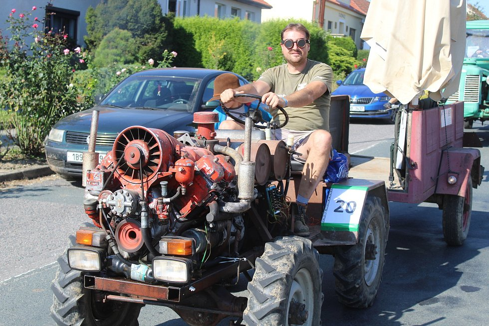 Druhý ročník Traktoriády v Kašnici.