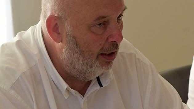 Ministr zemědělství Miroslav Toman navštívil jihomoravský Strachotín, kde jednal o vybudování systému závlahových soustav