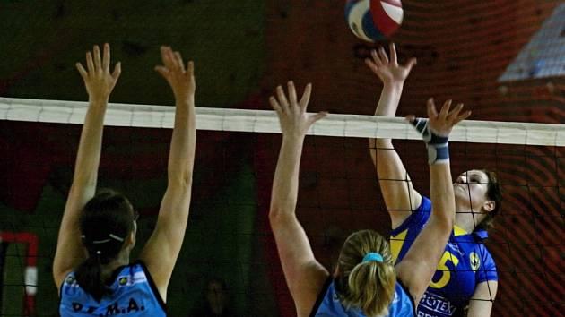 Břeclavským volejbalistkám se v první lize daří, občas ale nepříjemně překvapí.