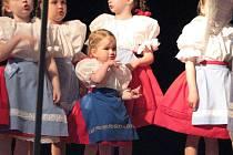 Dětský folklórní soubor Břeclavánek oslavil v těchto dnech čtvrtstoletí  své existence.