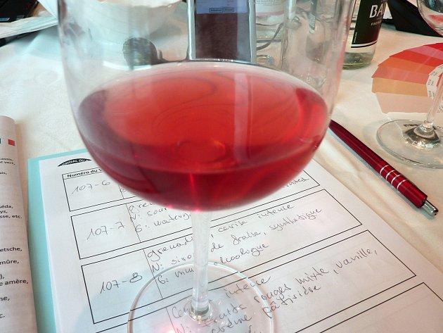 Hodnotitelům mezinárodní vinařské soutěže Le Mondial du Rosé ve francouzském Cannes chutnala i růžová vína z Břeclavska. Udělili jim zlaté a stříbrné medaile.