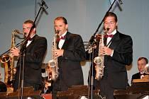 Ondřej Havelka se svými swingovými a jazzovými Melodymakers.