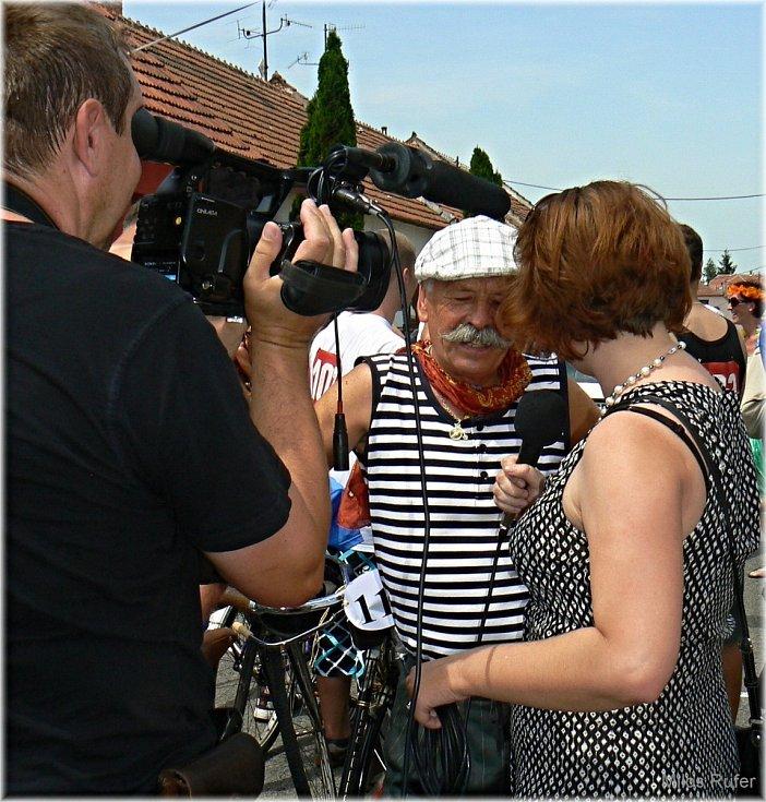 Zemřel Josef Grbavčic.