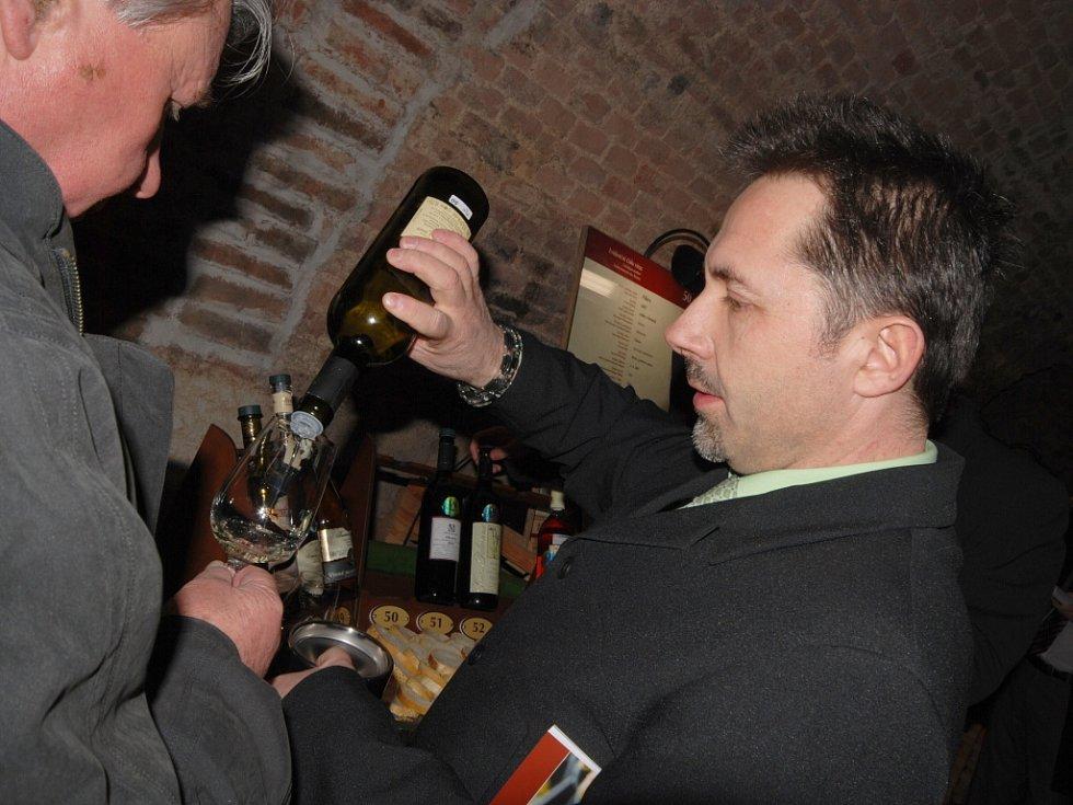 Zahájení devátého ročníku Salonu vín ve valtickém zámku.