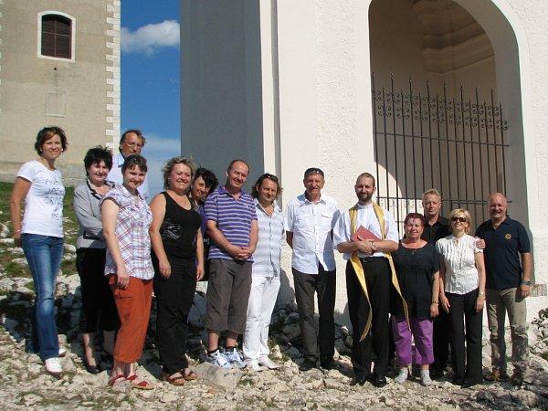 Obnova kapličky na Svatém kopečku uherskobrodským klubem Rotary