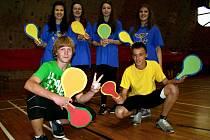 Studenti z Itálie, Islandu, Nizozemí, Slovinska, Španělska a Skotska sportovali se svými vrstevníky z břeclavské Základní školy Kupkova.