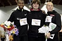 Hlavní hvězda dalšího ročníku Hustopečského skákání bude výškař Mutaz Essa Baršim (úplně vlevo).
