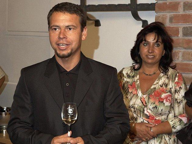 Stanislav Nován s manželkou.