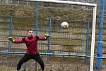 Břeclavský brankář David Fibingr si v lednu přetrhl meniskus, ale o fotbalové jaro přišli nakonec i jeho spoluhráči.