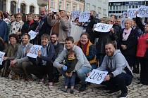 Gymnazisté oslavili 100 let školy
