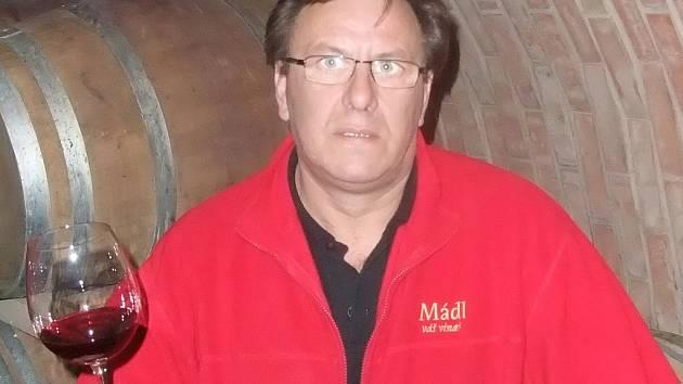 Velkobílovický vinař Stanislav Mádl.