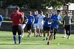 Divizní fotbalisté Lanžhota se poprvé sešli na tréninku v pondělí.