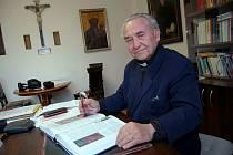 Mons. Václav Fišer zemřel před pěti lety v Hustopečích. Zasloužil se o výstavbu nového kostela.