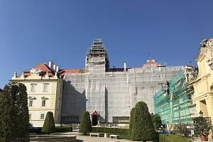 Na zámku ve Valticích dokončili první etapu oprav.