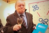 Rodák z Hustopečí, historik Miloš Trapl, oslavil osmdesát let.
