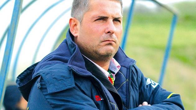 Trenér MSK Břeclav Milan Valachovič.