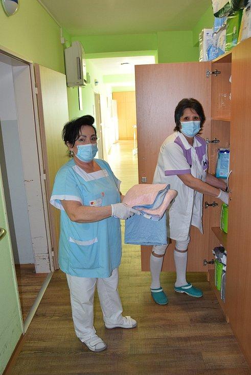 Krizový scénář zažívají i obyvatelé a ošetřovatelky Domu seniorů v Břeclavi.