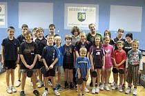 Malí účastníci vánočního turnaje oddílu stolního tenisu MSK Břeclav.