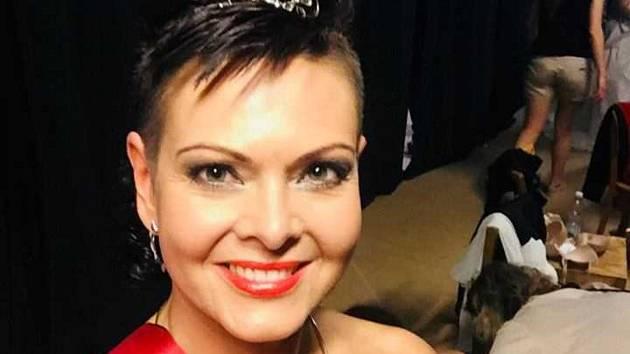 Zdeňka Frýbertová z Hustopečí na Břeclavsku se po internetovém hlasování stala držitelkou titulu Scarlett sympatie.